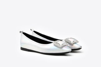 2660-3 Silver Crystal Buckle Embellished Pointy Leather Flats