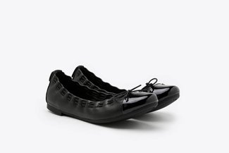 386-3A Black Stitch Trimmed Round Toe Leather Ballet Flats