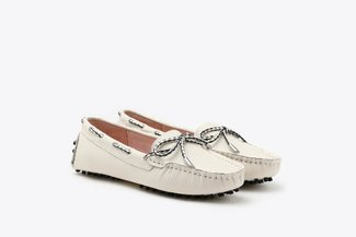 A8-1901 Beige Bow Leather Loafers