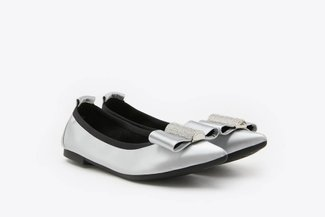 3660-30 Silver Diamante Embellished Bow Pointed Leather Flats