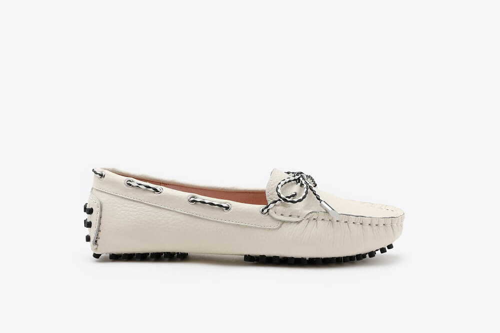 A8-1901 Beige Bow Leather Loafers | PAZZION