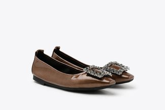 3790-1 Bronze Oversized Crystal Buckle Patent Leather Flats