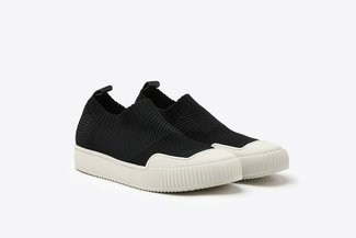 5M-1 Black Slip-On Sock Sneakers