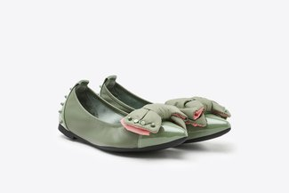 833-35 Green Oversized Bow-embellshed Pointy Leather Flats