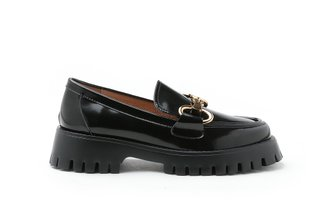3562-1 Black Metal Buckle Patent Leather Loafers