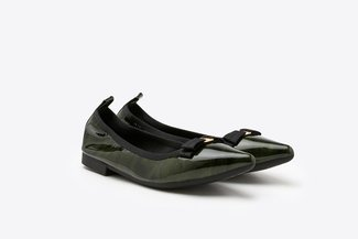 2882-3 Green Bow Patent Pointed Flats