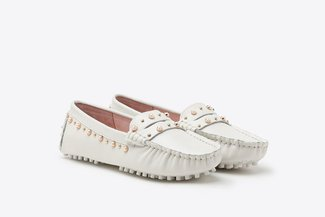 A9-1902 Beige Pearl Embellished Gommino Leather Loafers