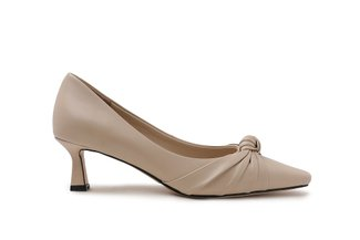 2026-1 Beige Knotted Ribbon Leather Pointed Pumps