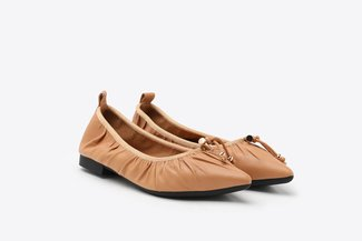 2882-3A Camel Pleated Gold Tip Lace Pointy Leather Flats