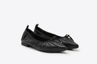 2882-3A Black Pleated Gold Tip Lace Pointy Leather Flats